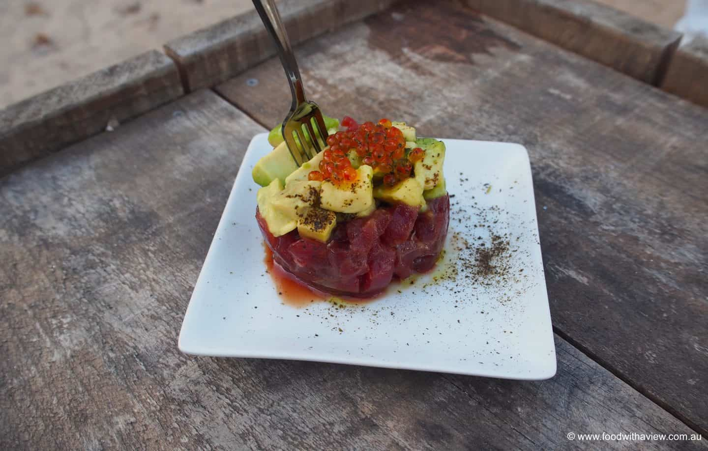 hors d'oeuvre tuna and avocado Ibiza beach wedding